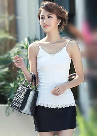 夏日黑白吊带短裙搭配妹子 清纯又阳光