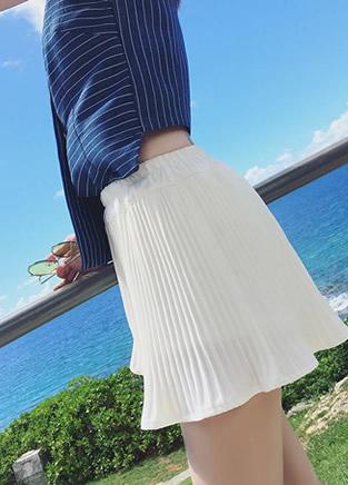 夏季百变的半身百褶裙搭配