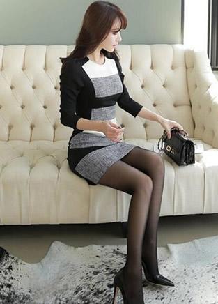 修身连衣裙能搭配丝袜和网袜吗?