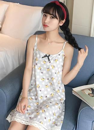 9款让女人倾心的气质吊带睡裙