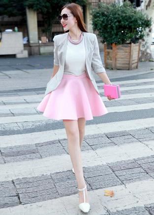 百褶裙百变穿搭 OL时尚又显瘦