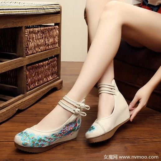 老北京绣花鞋
