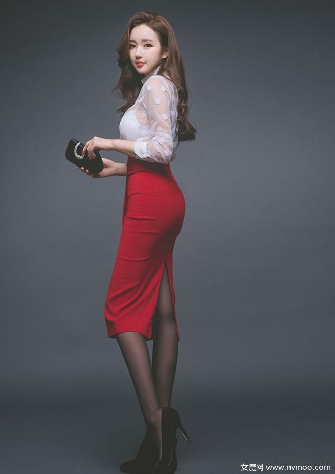 裙子搭配丝袜的魅力