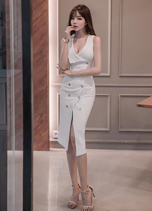 美女白色性感连衣裙穿着 小鸟依人写真