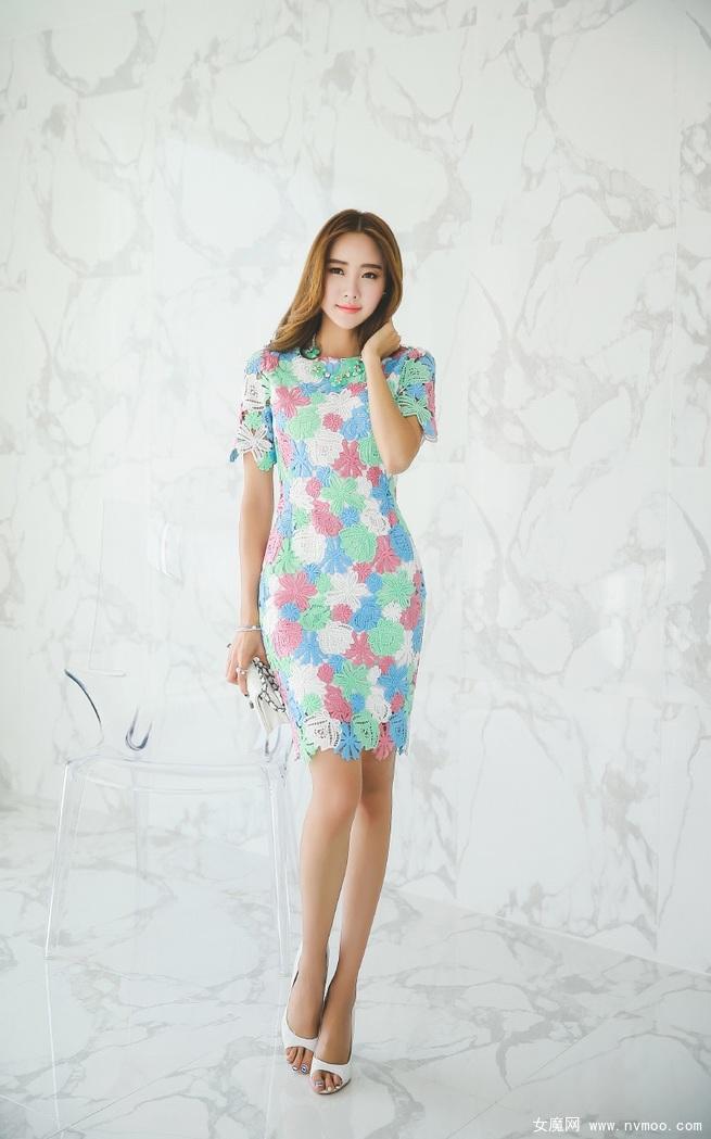 如同仙女气质般高雅的蕾丝长裙